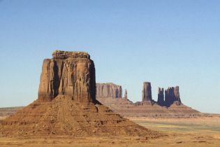 Monument Valley (83 images)