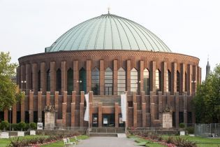Tonhalle (60 images)