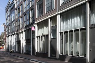 residential buildings Bloedstraat (18 images)