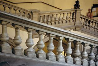 strairs and staircases in Vienna (85 images)