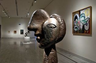 Picasso museum Barcelona (images)