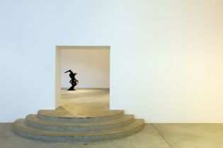 art gallery de Pury & Luxembourg, Zurich (images)