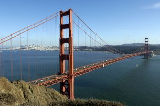 Golden Gate Bridge (36 images)