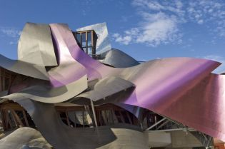 Riscal (395 images)
