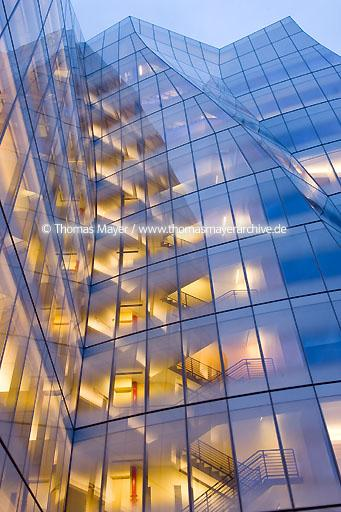 IAC world headquarters NYC IAC InterActiveCorp, IAC is an interactive conglomerate operating more than 60 diversified brands in sectors being transformed by the internet, online and offline. World headquarters building in New York City, USA, architecture by Gehry Partners, LLP  020BU20070414D8124