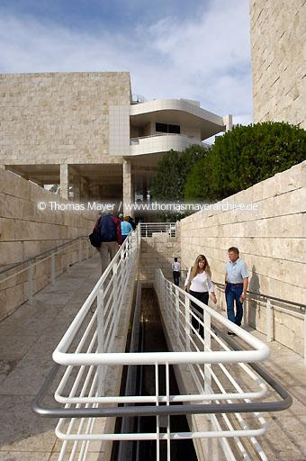 The Getty Center Los Angeles The Getty Center presents the Getty's collection of Western art from the Middle Ages to the present against a backdrop of dramatic architecture by Richard Meier, tranquil gardens, and breathtaking views.  020AN20051016D4220