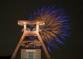 World cultural heritage site Zeche Zollverein, Essen, Germany, celebration of the nomination of the city of Essen and the Ruhr Region for European Capital of Culture 2010 on 11th April 2006. Fireworks at the pit head frame