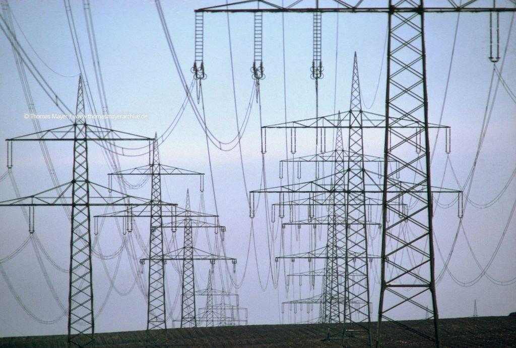 High Voltage Thomas : High voltage lines energy economy thomas mayer archive