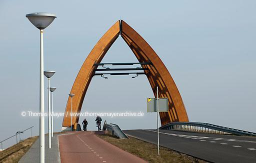Holzbruecke in Sneek