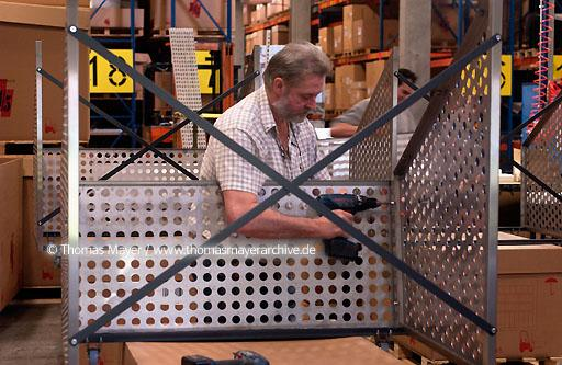 production of shelving systems