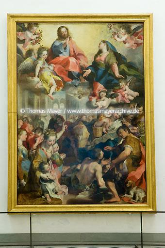 The Uffizi Gallery in Florence Florence, Italy, the Uffizi Gallery: this is one of the most famous museums of paintings and sculpture in the world. Its collection of Primitive and Renaissance paintings comprises several universally acclaimed masterpieces of all time, including works by Giotto, Simone Martini, Piero della Francesca, Fra Angelico, Filippo Lippi, Botticelli, Mantegna, Correggio, Leonardo da Vinci, Raphael, Michelangelo and Caravaggio. German, Dutch and Flemish masters are also well represented with important works by D�rer, Rembrandt and Rubens.?ĮThe Uffizi Gallery occupies the top floor of the large building erected by Giorgio Vasari between 1560 and 1580 to house the administrative offices of the Tuscan State. The Gallery was created by Grand-duke Francesco I and subsequently enriched by various members of the Medici family, who were great collectors of paintings, sculpture and works of art. The collection was rearranged and enlarged by the Lorraine Grand-dukes, who succeeded the Medici, and finally by the Italian State.?Į  104AP20061127D6798