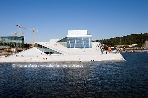 National Opera House Oslo NOR, Norway, Oslo, Norwegian National Opera House, architecture by Snohetta  115AI20080801D2911