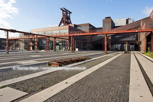 Zeche Zollverein, new grounds DEU, Germany, Essen, world cultural heritage site Zeche Zollverein, new grounds designed by Planergruppe Oberhausen  200HX20080704D0115