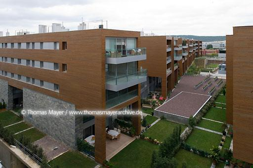 Kemerlife XXI TUR, Turkey, Istanbul, housing estate Kemerlife XXI, condominiums and apartments for rent in Goektuerk, architecture by Emre Arolat, Istanbul  138AI20080825D0034