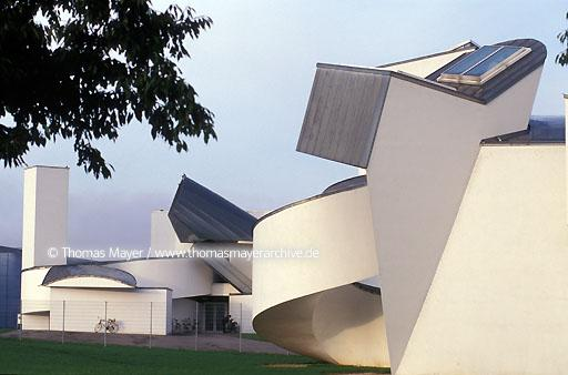 Vitra Design Museum Vitra Design Museum in Weil am Rhein, Germany, the first building of architect Frank O.Gehry in Europe  005AA19980601A0011