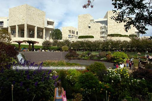 The Getty Center Los Angeles The Getty Center presents the Getty's collection of Western art from the Middle Ages to the present against a backdrop of dramatic architecture by Richard Meier, tranquil gardens, and breathtaking views.  020AN20051016D4204