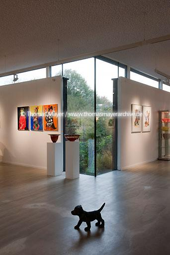 Interart Sculpture Garden & Gallery NLD, The Netherlands, Heeswijk-Dinther, Interart Sculpture Garden and Gallery shows contemporary art in garden and home. The Gallery is a zero-energy-project and sources quantity of heat from the pond and electricity from the solar roof. Architecture by George Witteveen, Amsterdam  134CC20111112D0045