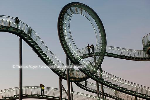 "Tiger & Turtle DEU, Germany, Duisburg, sculpture ""Tiger & Turtle - Magic Mountain"" by Heike Mutter and Ulrich Genth on Heinrich-Hildebrand-Hoehe in Angerpark, Duisburg  110CA20111115D3811"