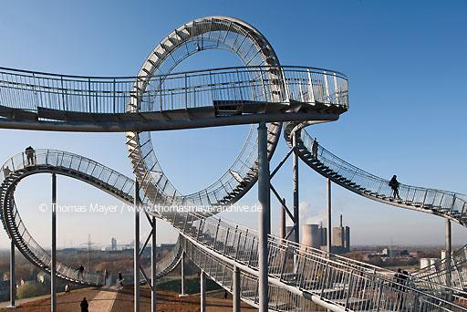 "Tiger & Turtle DEU, Germany, Duisburg, sculpture ""Tiger & Turtle - Magic Mountain"" by Heike Mutter and Ulrich Genth on Heinrich-Hildebrand-Hoehe in Angerpark, Duisburg  110CA20111115D3899"