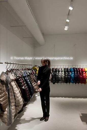Duvetica boutique and showroom Milan ITA, Italien, Mailand, Duvetica Boutique und Showroom, Architektur von Tadao Ando Architects & Associates 2011 |��ITA, Italy, Milan, Duvetica boutique and showroom, architecture by Tadao Ando architects and associates 2011  104BP20120206D0048