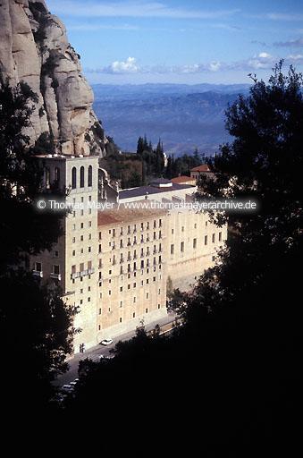 Montserrat kloster montserrat wallfahrtsort kathedrale mit der