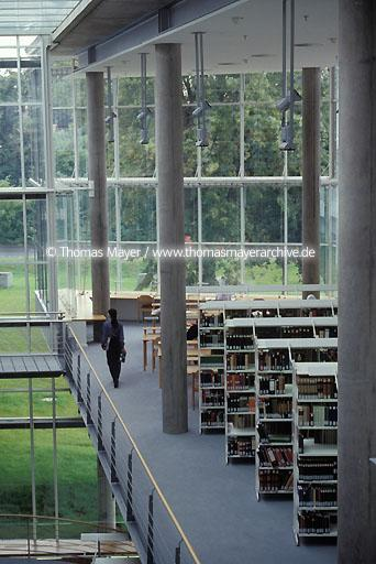 Universitiy Library Goettingen Goettingen, University Library, catalogue, architect: Prof. Gerber & Partner  039AA19980621A0042