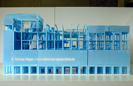 model coalwashing building mine Zollverein UNESCO world cultural heritage Mine Zollverein, Essen, Germany, office Boell-OMA, cooperation for planning on Zollverein office Boell-Krabel, Essen and OMA office for metropolitan architecture, Rem Koolhaas, Rotterdam, works on coalwashing building, model  200AZ20030519D7931