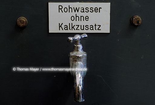 drinking water from Sauerland waterworks Treckinghausen in Germany  102AE19850916A0046