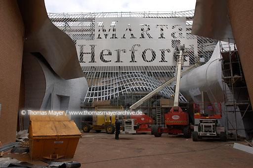 MARTa Herford MARTa Herford, Germany, culture house for furniture, art and architecture. Architect: Frank O. Gehry, executive architect: Hartwig Rullkoetter  091AJ20050412D2553