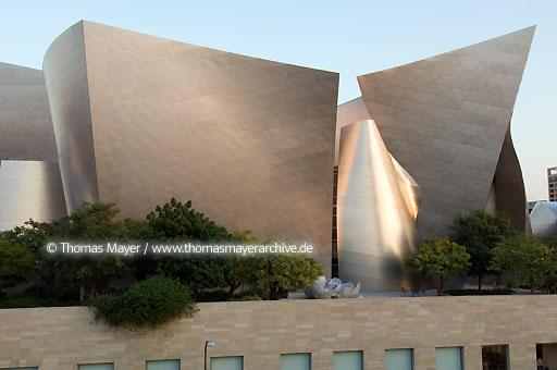 Walt Disney Concert Hall Walt Disney Concert Hall, Los Angeles, USA, architect: Frank O. Gehry  020AL20051019D5432