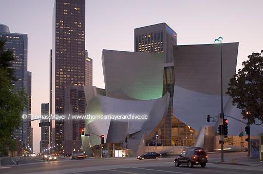 Walt Disney Concert Hall Walt Disney Concert Hall, Los Angeles, USA, architect: Frank O. Gehry  020AL20051019D5445