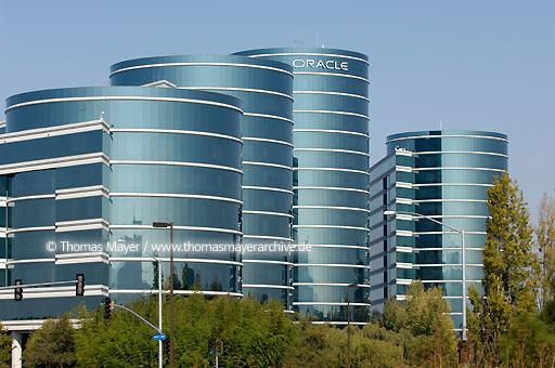 Oracle Headquarters Oracle Corporation is one of the largest software producers in the world, headquarters in Redwood Shores (Silicon Valley) California  020AT20051022D6086